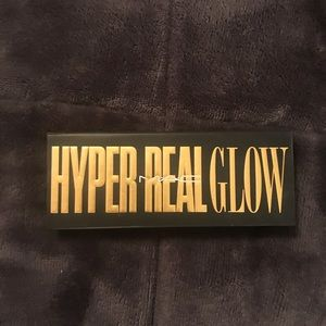 MAC Hyperglow Palette